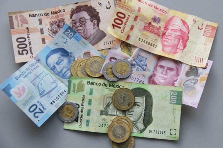 qué moneda se utiliza en la Riviera Maya